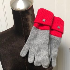 Chanel Red and Gray Color-Block Cashmere Gloves